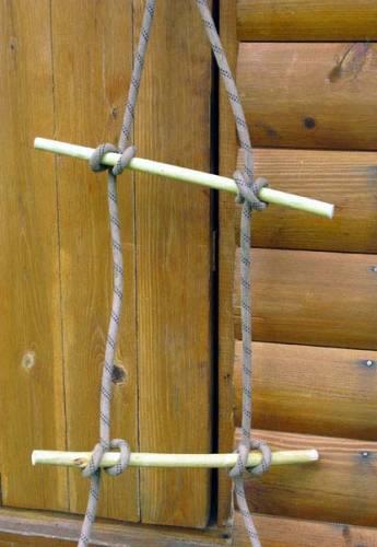 Связать веревочную лестницу